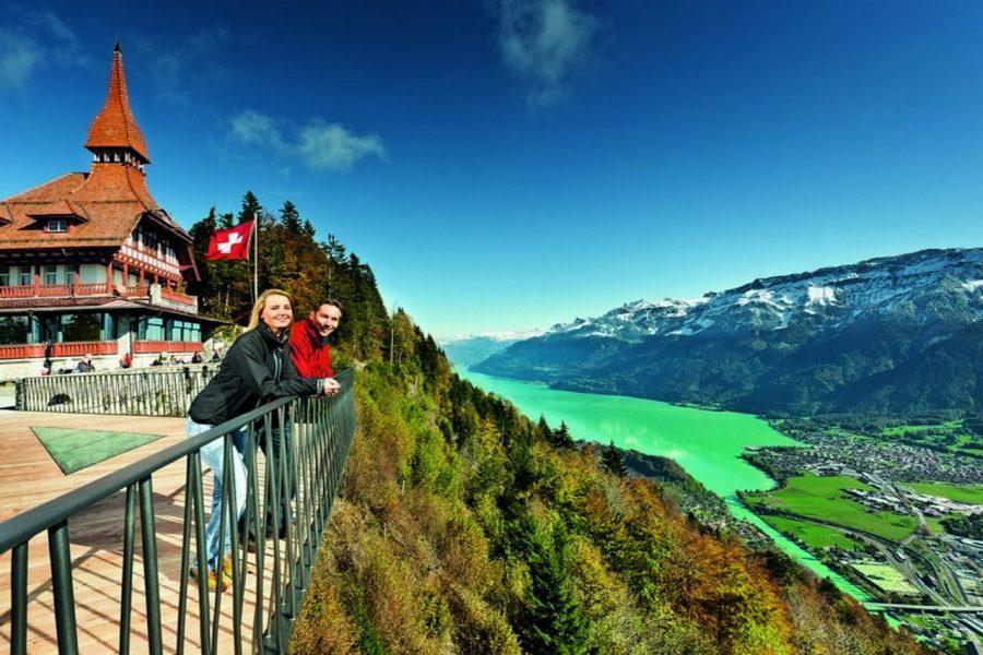 Odwiedź szwajcarskie miasta autokarem